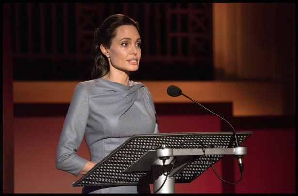 PAY-Angelina-Jolie